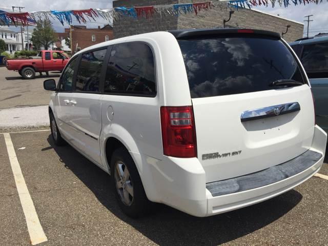2008 Dodge Grand Caravan SXT Extended Mini-Van 4dr - Bellaire OH