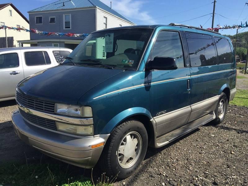 2001 Chevrolet Astro 3dr LT Extended Mini-Van - Bellaire OH