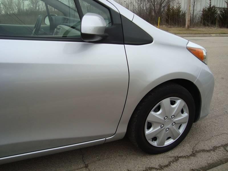 2013 Toyota Yaris for sale at ARIANA MOTORS INC in Itasca IL