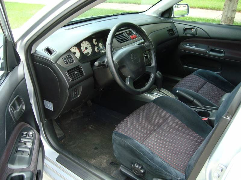 2004 Mitsubishi Lancer for sale at ARIANA MOTORS INC in Itasca IL