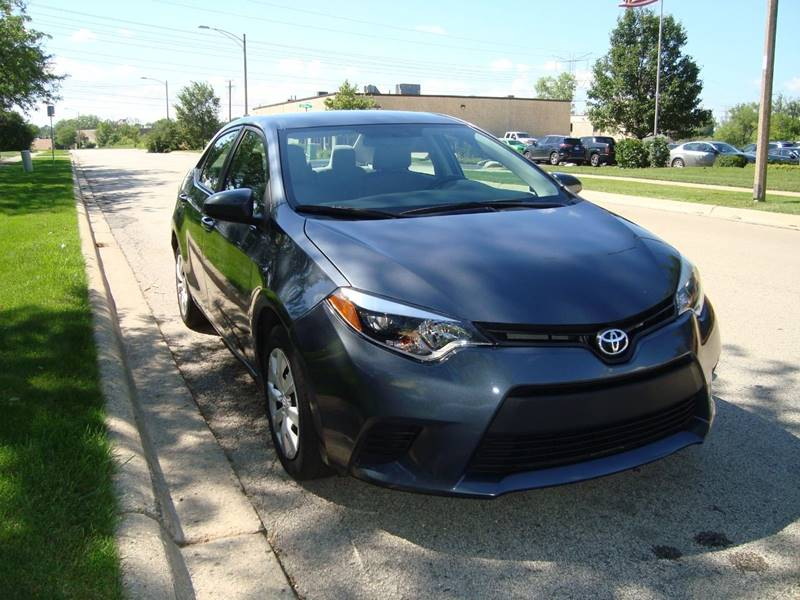 2014 Toyota Corolla for sale at ARIANA MOTORS INC in Itasca IL