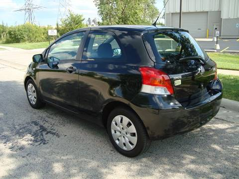 2009 Toyota Yaris for sale at ARIANA MOTORS INC in Itasca IL