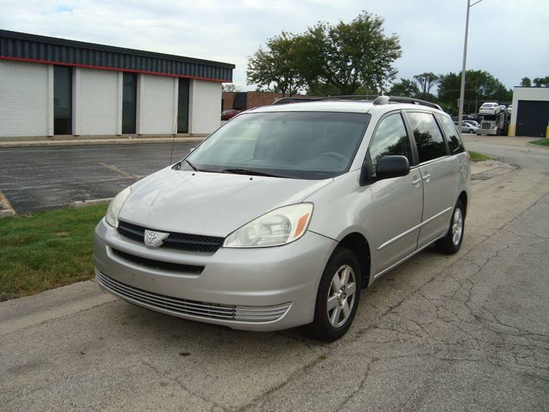 2004 Toyota Sienna For Sale At ARIANA MOTORS INC In Addison IL