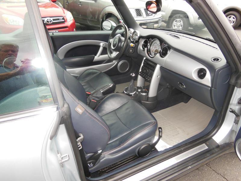 2005 MINI Cooper 2dr Convertible - Grants Pass OR