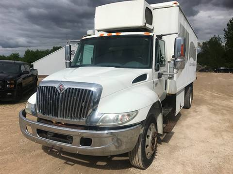 2006 International 4300 low pro for sale in Stewartville MN