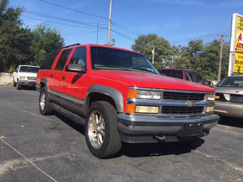 1999 Chevrolet Suburban for sale in Gary, IN