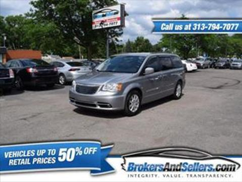 2014 Chrysler Town and Country for sale in Taylor, MI