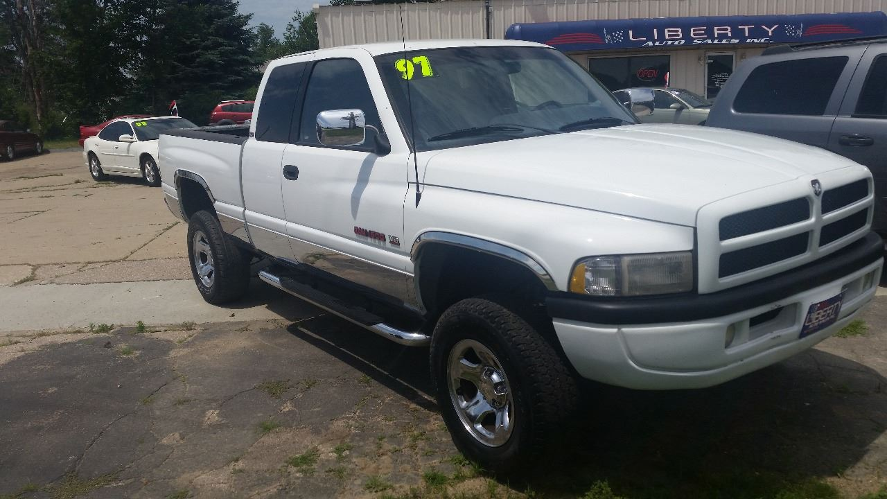 1997 Dodge Ram Pickup 1500 for sale at Liberty Auto Sales in Merrill IA