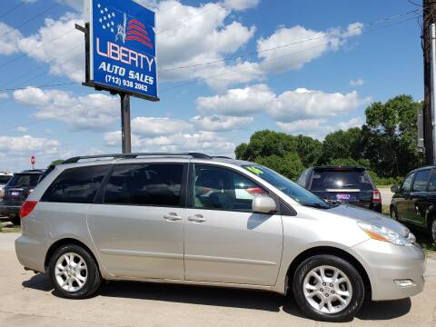 2006 Toyota Sienna for sale at Liberty Auto Sales in Merrill IA