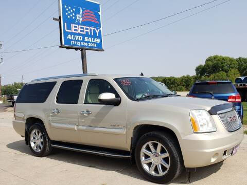 2007 GMC Yukon XL for sale at Liberty Auto Sales in Merrill IA