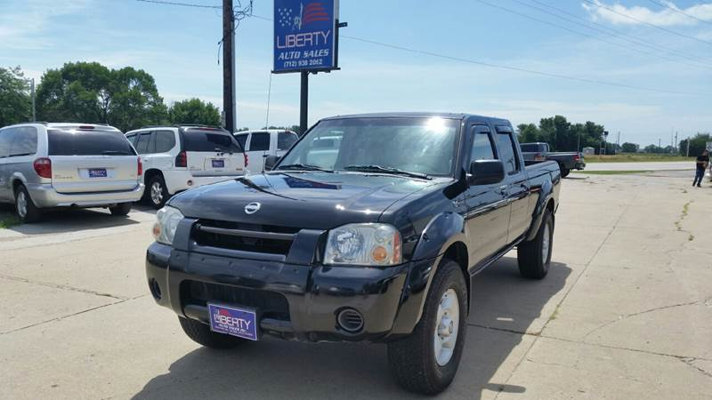 2002 Nissan Frontier for sale at Liberty Auto Sales in Merrill IA