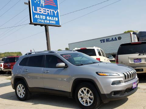2014 Jeep Cherokee for sale at Liberty Auto Sales in Merrill IA