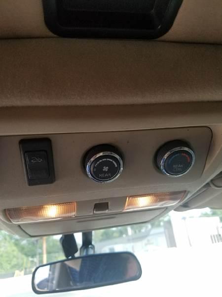 2010 Nissan Pathfinder 4x2 SE 4dr SUV - Collingswood NJ