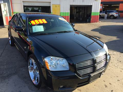2007 Dodge Magnum for sale at Diamond Auto Sales in Milwaukee WI
