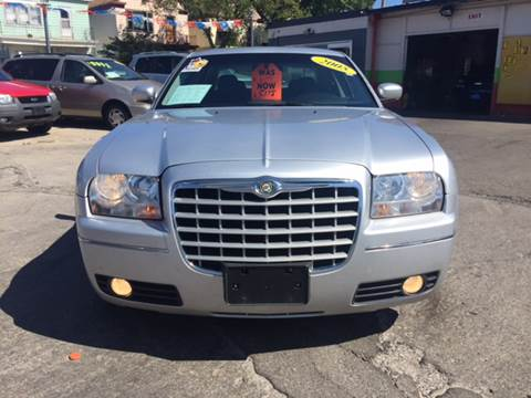 2005 Chrysler 300 for sale at Diamond Auto Sales in Milwaukee WI