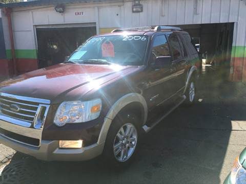 2006 Ford Explorer for sale at Diamond Auto Sales in Milwaukee WI