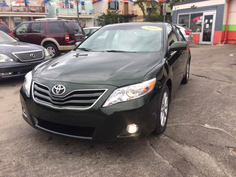 2011 Toyota Camry for sale at Diamond Auto Sales in Milwaukee WI