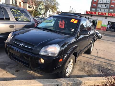2006 Hyundai Tucson for sale at Diamond Auto Sales in Milwaukee WI