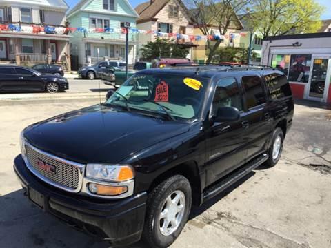 2006 GMC Yukon XL for sale at Diamond Auto Sales in Milwaukee WI