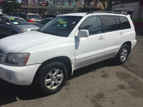 2002 Toyota Highlander for sale at Diamond Auto Sales in Milwaukee WI