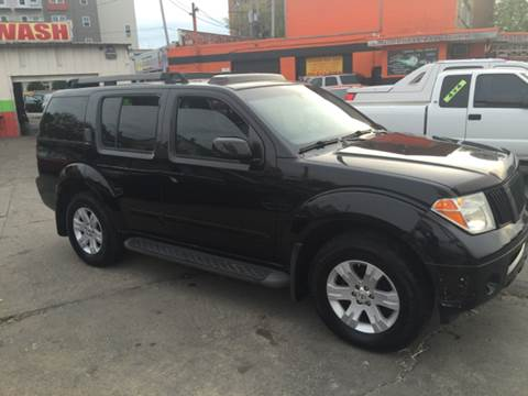 2006 Nissan Pathfinder for sale at Diamond Auto Sales in Milwaukee WI