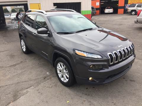 2016 Jeep Cherokee for sale at Diamond Auto Sales in Milwaukee WI