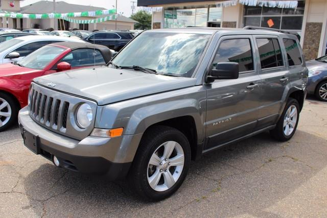 2011 JEEP PATRIOT FWD 4DR LATITUDE gray brake assistelectronic stability programelectronic roll