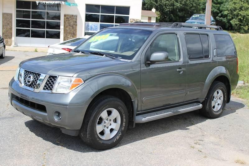 2005 Nissan Pathfinder SE 4WD 4dr SUV   Greer SC