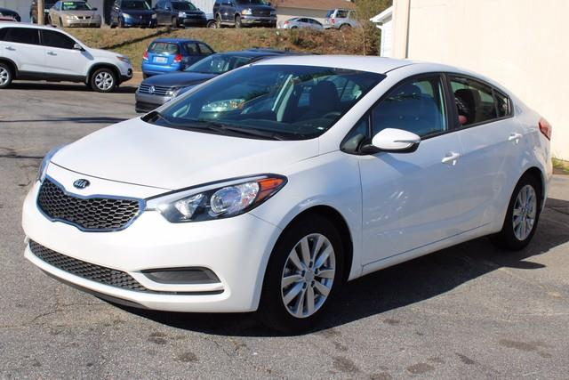 2016 KIA FORTE LX 4DR SEDAN 6A white side impact beamsdual stage driver and passenger seat-mount