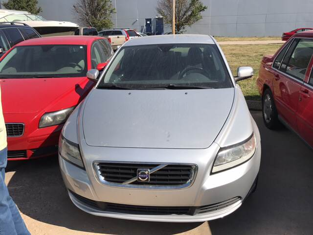 2009 Volvo S40 for sale at UNIVERSITY FOREIGN CAR LLC in Bridgeton MO
