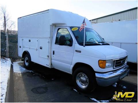 2005 Ford E-350 for sale in Portland, CT