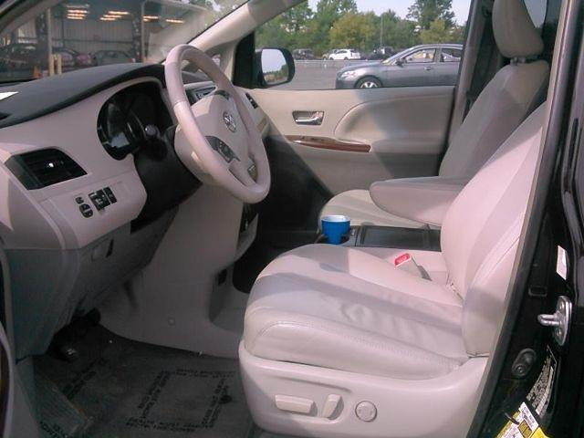 2013 Toyota Sienna XLE Minivan 4D - Alpharetta GA