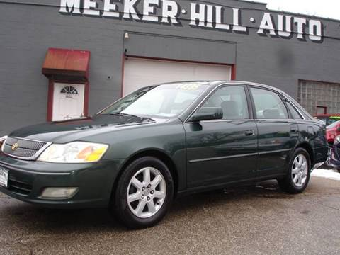 2002 Toyota Avalon for sale in Germantown, WI