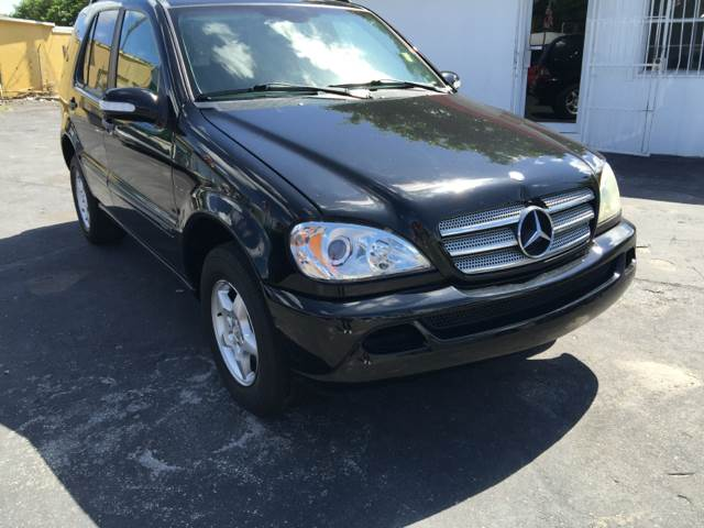 2003 MERCEDES-BENZ M-CLASS ML350 AWD 4MATIC 4DR SUV black this vehicle is  moonroof   heated sea