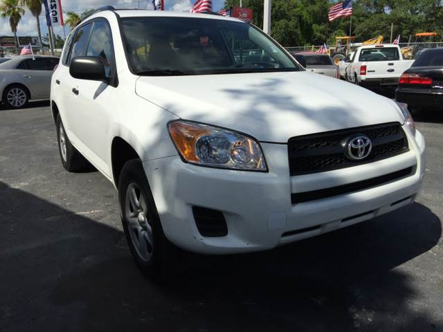 2012 TOYOTA RAV4 BASE 4X4 4DR SUV white come over sam motors sports will get you approved no matt
