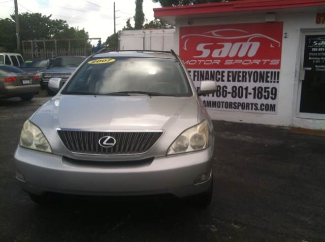 2007 LEXUS RX 350 BASE silver below the market average according to nada guides independent data