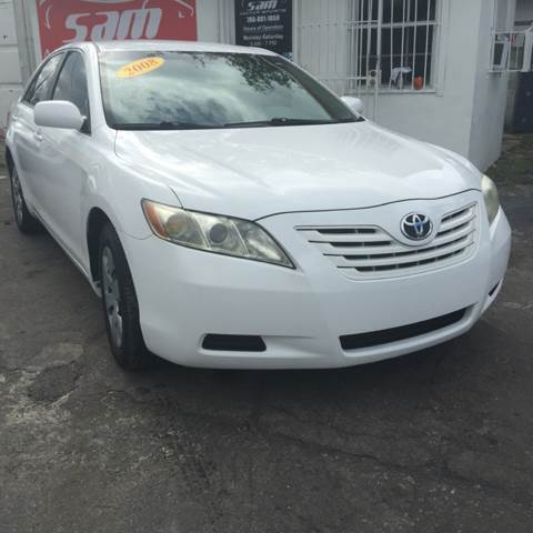 2008 TOYOTA CAMRY LE 4DR SEDAN 5A white instant financing with approved credit white with beig
