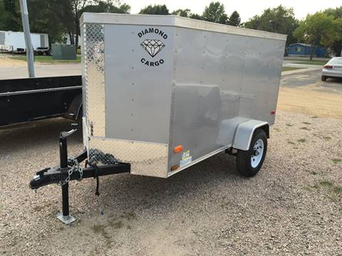 2016 Diamond C 4X8 ENCLOSED TRAILER
