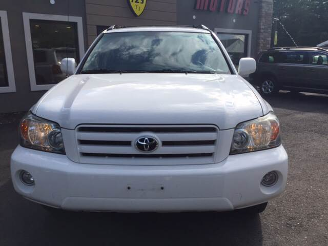 2007 Toyota Highlander for sale at Route 123 Motors in Norton MA
