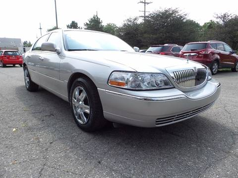 2008 Lincoln Town Car for sale in Northville, MI
