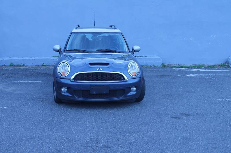 2009 MINI Cooper Clubman for sale at B.A.M.N. Auto II Corp. in Freeport NY