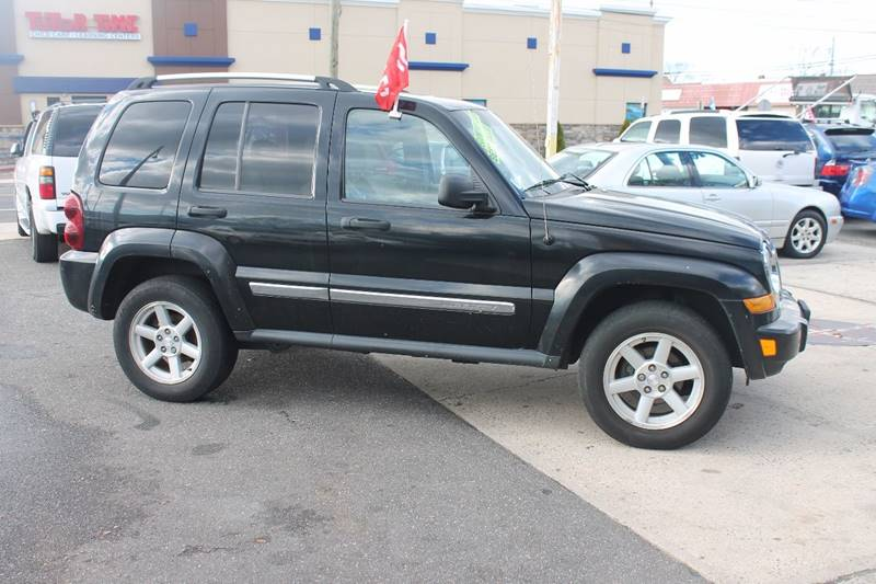 2005 Jeep Liberty Limited 4WD 4dr SUV w/ 28F - Baldwin NY