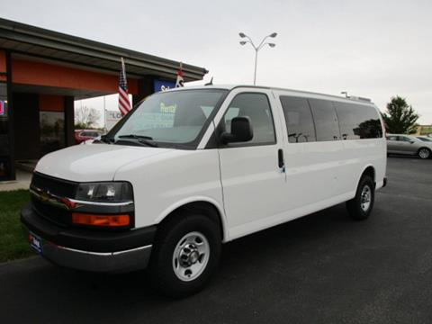 2015 Chevrolet Express Passenger for sale in Cedar Rapids, IA