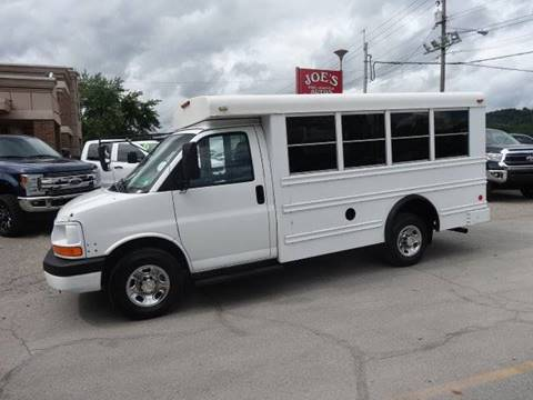 2003 Chevrolet Express Cutaway for sale in Moundsville, WV