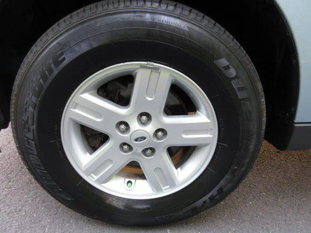 2009 Ford Escape Hybrid Limited 4dr SUV - Philadelphia PA
