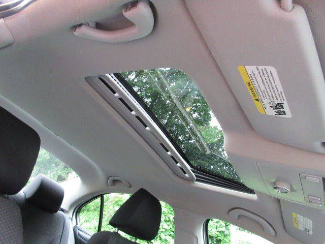 2013 Volkswagen Jetta S 4dr Sedan 6A w/Sunroof - Philadelphia PA