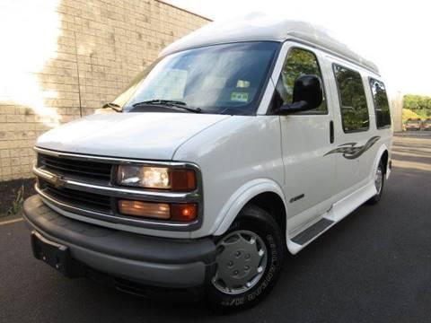 2000 Chevrolet G1500 For Sale In Philadelphia PA