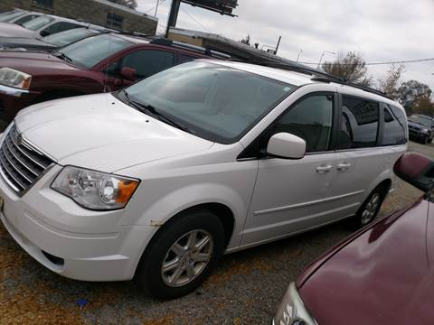 2008 Chrysler Town and Country for sale in Peoria, IL
