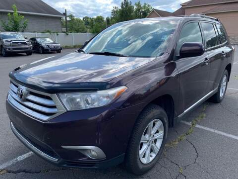 2013 Toyota Highlander SE for sale at USA Auto Sales in Kensington CT