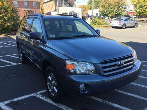 2005 Toyota Highlander for sale in Kensington, CT